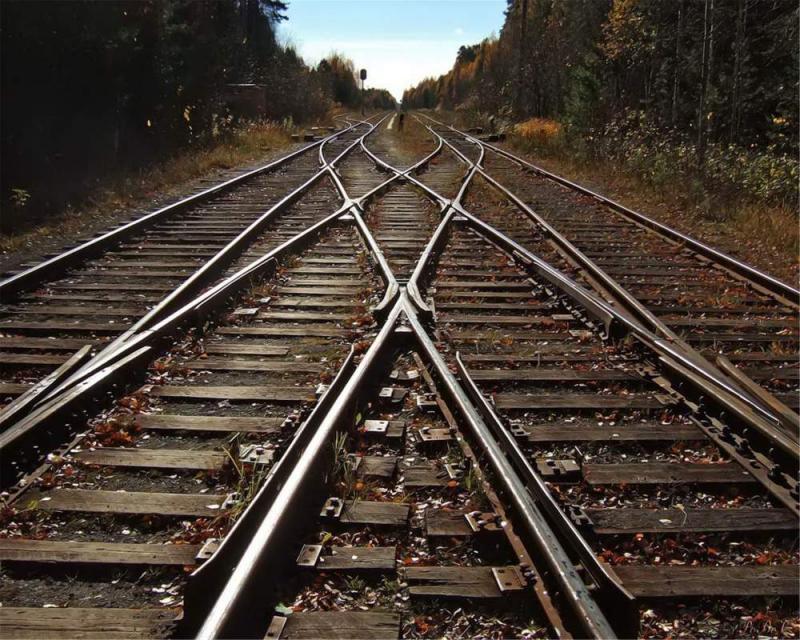 У селі Страбичово злодії розкрадали залізничну колію