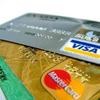 Рідна онука вкрала з картки мукачівської пенсіонерки останні гроші