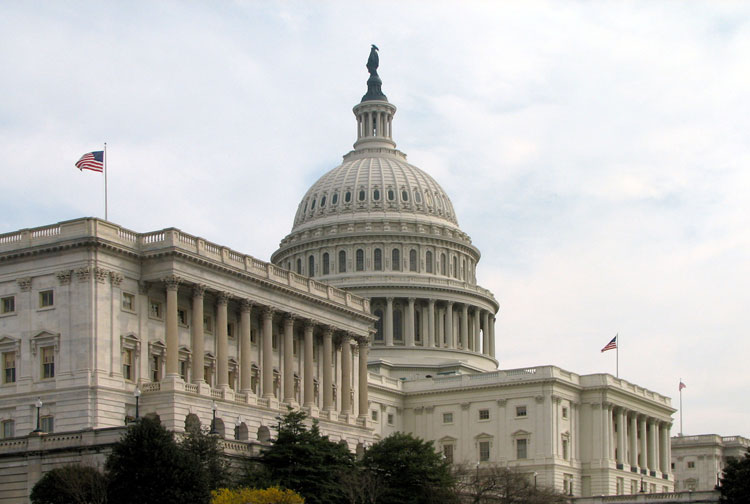 Гельсінська комісія та конгресмени США закликають Януковича звільнити політв'язнів