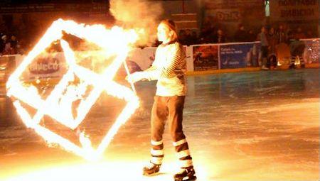 На ковзанці «Ice Land», що в Ужгороді, відбулось унікальне вогняне шоу (ФОТО, ВІДЕО)