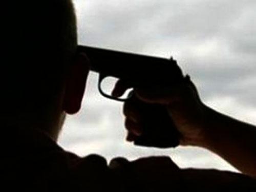 Чопський прикордонник-самогубця, який поцілив собі у скроню, на 95% ймовірності виживе