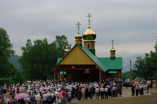 На Іршавщині зведено новий храм (ВІДЕО)