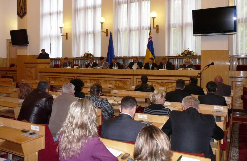 Дружина Віктора Балоги балотуватиметься у обласні депутати
