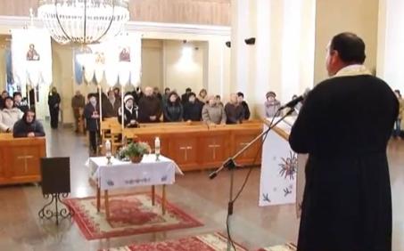 У Мукачеві моляться за єдність вірників (ВІДЕО)