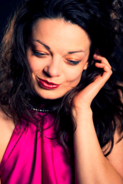 Канадська скрипалька та українська піаністка подарують мукачівцям концерт до Дня святого Валентина