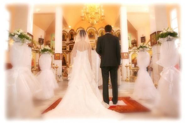 У День закоханих в Ужгороді повінчаються 10 пар, серед них є навіть громадяни США та Азербайджану