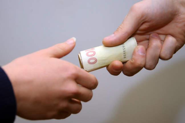 Прокуратура проконтролює розслідування справи щодо підкупу виборців у Мукачеві