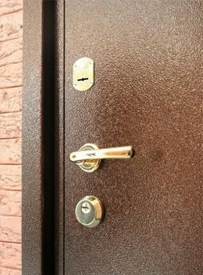 Завдяки зловмисникам ужгородська котельня залишаться без дверей