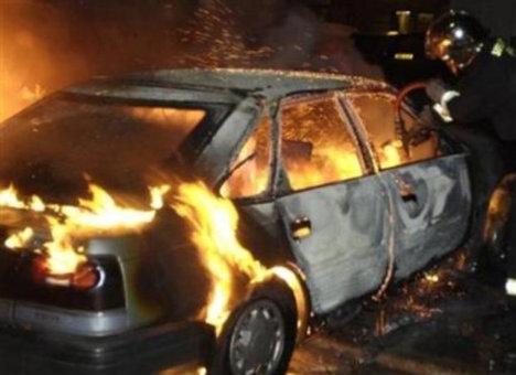 Вночі на Закарпатті знову згоріли дві машини