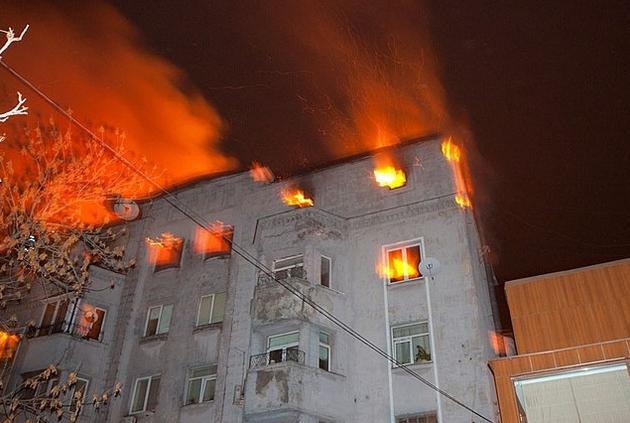 У Сваляві невідомі намагалися підпалити квартиру