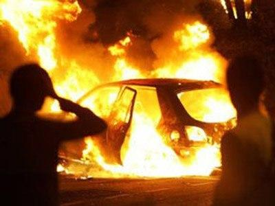 "На Тячівщині пожежа в гаражі на той світ забрала з собою ""Mercedes Sprinter"""