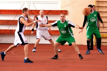 У Мукачеві відбулись ігри чвертьфінальної стадії чемпіонату області з баскетболу