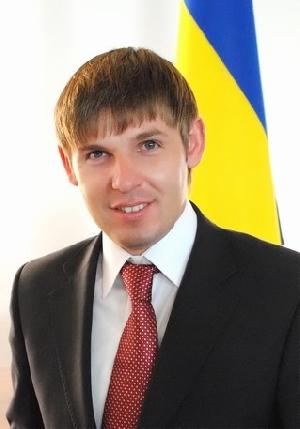 Президент Янукович зробив 28-річного племінника Ледиди головою Ужгородської РДА