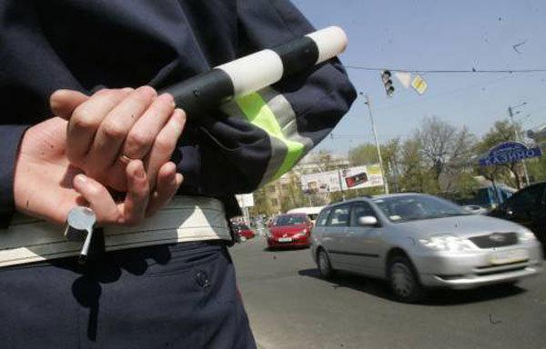 Стосовно мукачівського ДАІшника, який нахамив водієві, розпочате службове розслідування