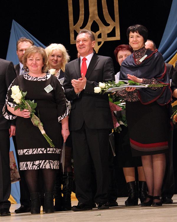 В Ужгороді нагородили найкращих вчителів Закарпаття (ФОТО)