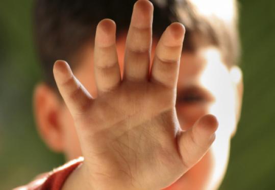 У Сваляві затримали педофіла, який три роки ґвалтував хлопчика