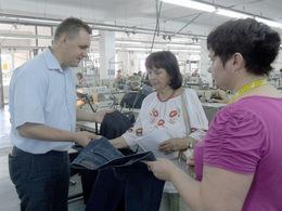 120 працівників трудяться на швейній фабриці у селі Середнє (ФОТО)