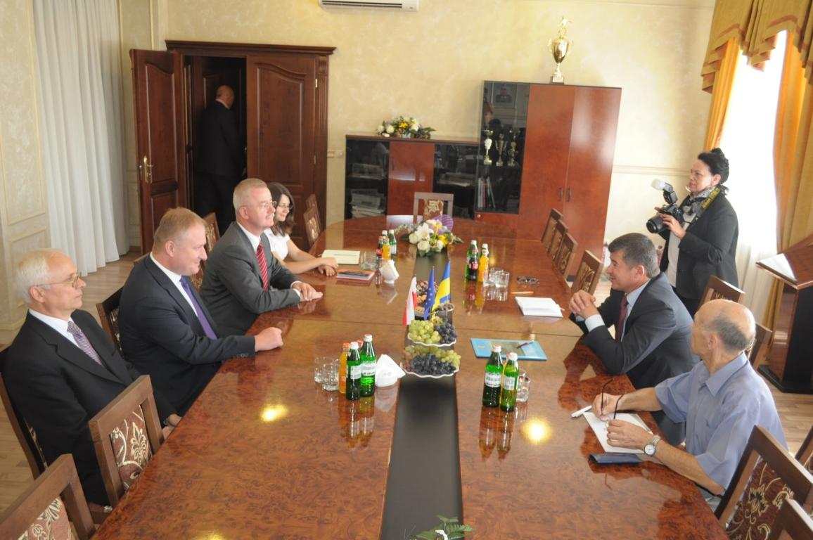 Голова обласної ради Іван Балога зустрівся з польським міністром Яном Станіславом Цєхановскім (ФОТО)