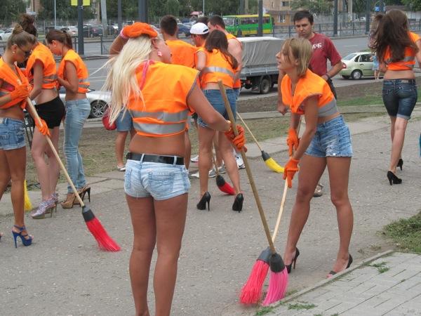 Завтра у Мукачеві будуть прибирати вулиці та прибудинкові території