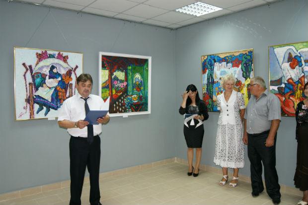 У Виноградові урочисто відкрили картинну галерею