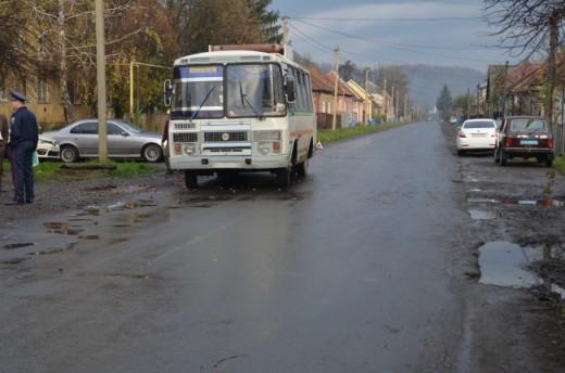 Проти водія, який скоїв наїзд на 4 людей у Кольчині, порушили кримінальну справу