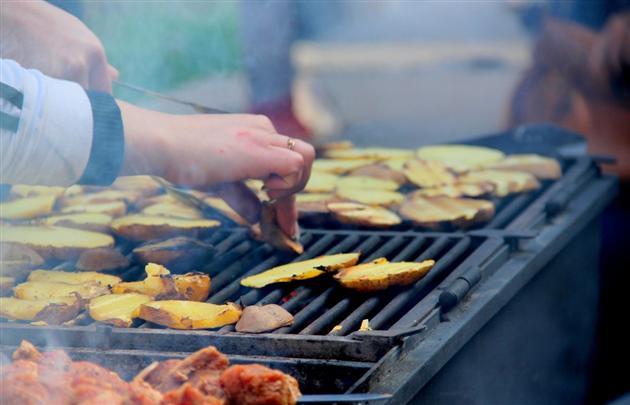 П'ять закладів громадського харчування пригощатимуть мукачівців на День Святого Мартина