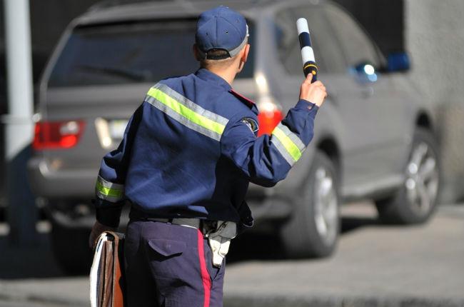 Через вимкнені фари у денний період із першого жовтня працівники ДАІ вже оштрафували 96 водіїв