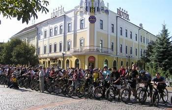 Особливості цьогорічного велопробігу до Дня Святого Мартина у Мукачеві