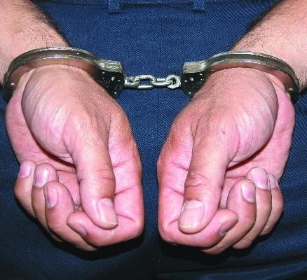 Раніше судимий житель Запоріжжя пограбував мукачівця і скоїв розбійний напад в Ужгороді