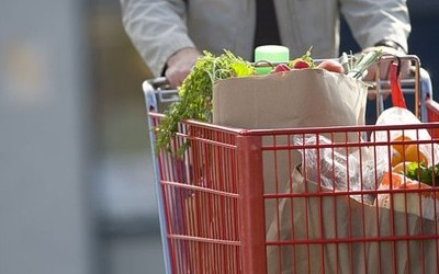 Закарпатці масово скуповуються в Угорщині через якісні та дешеві товари