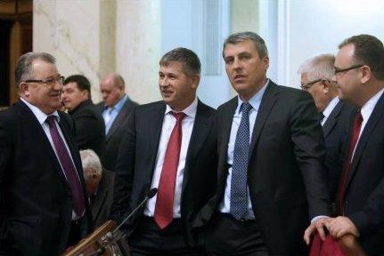 В Ужгороді 9 народних депутатів-закарпатців обговорюватимуть соціально-економічні питання області