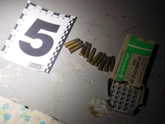 Колишнього мукачівця засудили за незаконний ввіз в Україну вогнепальної зброї та боєприпасів до неї