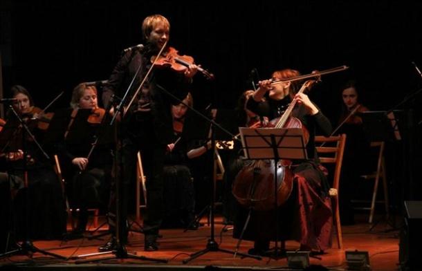 У Мукачеві відбудеться концерт Струнного оркестру під керуванням Сергія Добоша