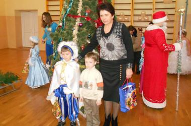 Донька вчительки з Барбова, яка покусала ученицю, розповіла в якому стані знаходить її мати