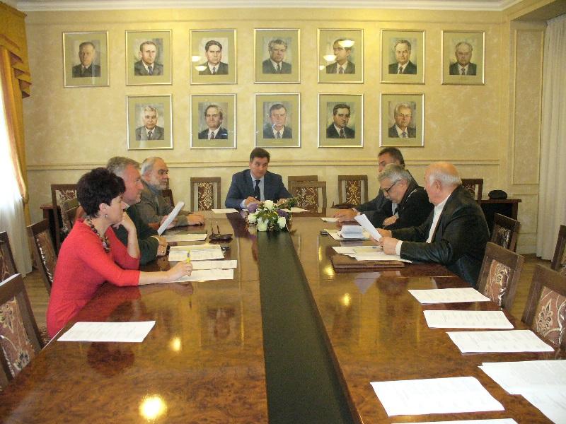 В Ужгороді засідав обласний комітет з присудження обласних премій у галузі літератури і мистецтва