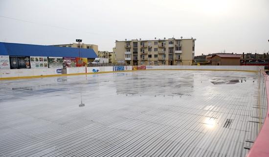 Ужгородську ковзанку відкриють вже наступної п'ятниці (ФОТО)