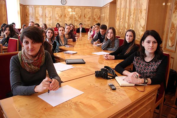 Голова облдержадміністрації Олександр Ледида зустрівся із членами Студентської ради