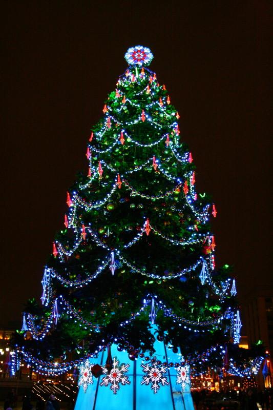 Ужгород вже починає готуватися до новорічних свят