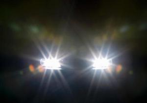 """Зустрічне авто засліпило світлом фар водія """"Славути"""", через що той потрапив у ДТП"""