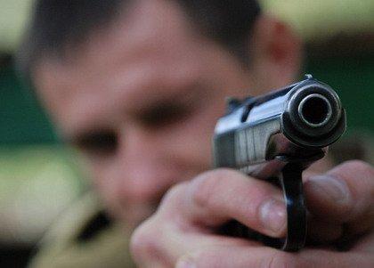 За збройний напад на АЗС ужгородця засуджено на два роки обмеження волі