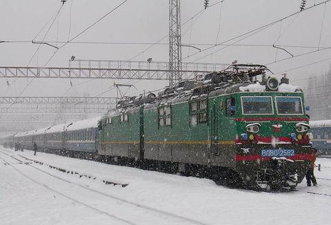 Спеціально до новорічних свят в напрямку Ужгорода поїдуть 3 додаткові поїзди