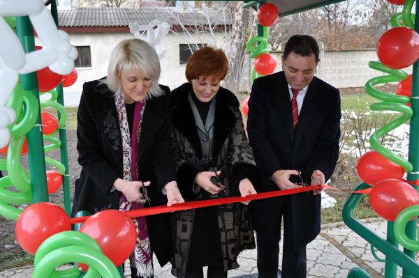 У Мукачеві відкрили гончарну майстерню для розвитку молоді з обмеженими можливостями