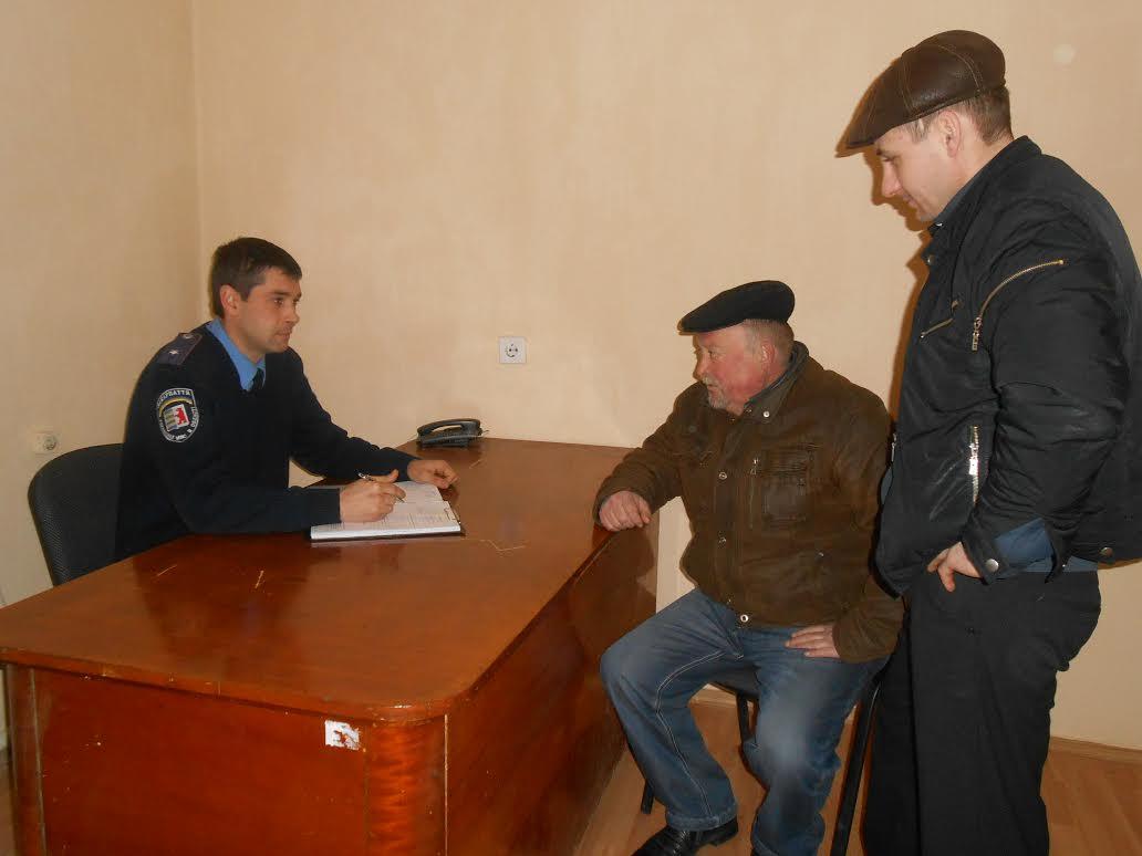 Старший дільничний інспектор Михайло Пацкан провів прийом громадян у мікрорайоні Підгоряни