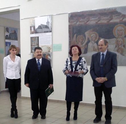 У Музеї архітектури та побуту Закарпаття відкрили виставку церков трьох країн: Румунії, Словаччини та України