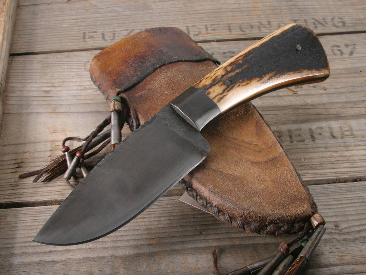 Румун їдучи на Закарпаття прихопив з собою мисливського ножа