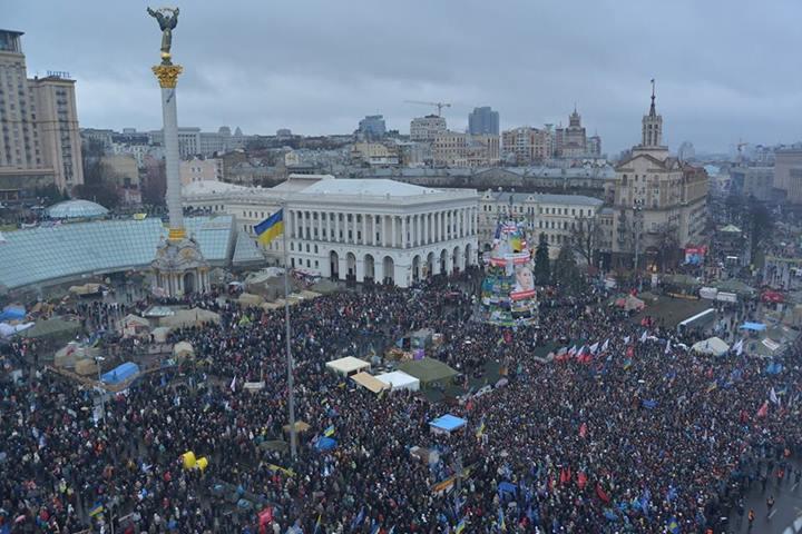 У державний вихідний, пізно ввечері, суд виніс рішення про заборону масових акції у центрі Києва до 8 березня