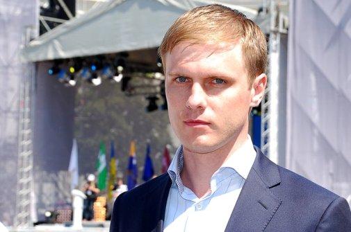 Анатолій Гриценко, як чесний офіцер, повинен негайно скласти свій депутатський мандат – Валерій Лунченко