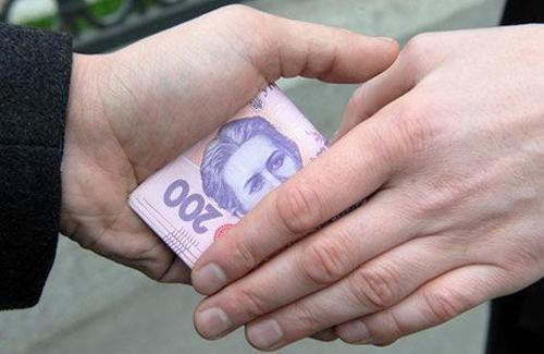 Головного казначея Київщини піймали на систематичному хабарництві
