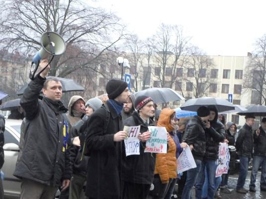 """Активісти ужгородського Євромайдану планують навідатися до закарпатських """"регіоналів"""""""