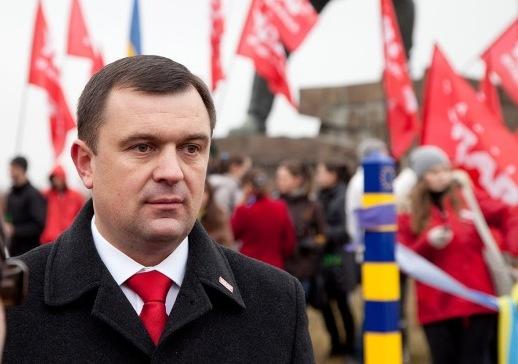 """Суд заарештував особисте майно Валерія Пацкана за """"координацію дій протестуючих"""""""